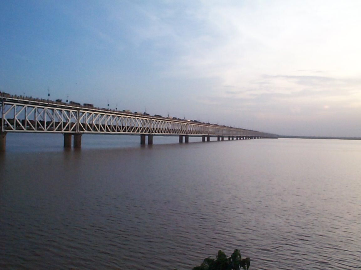 Water Under the Bridge? Int'l Resource Conflict and Post-Treaty Dynamics in South Asia